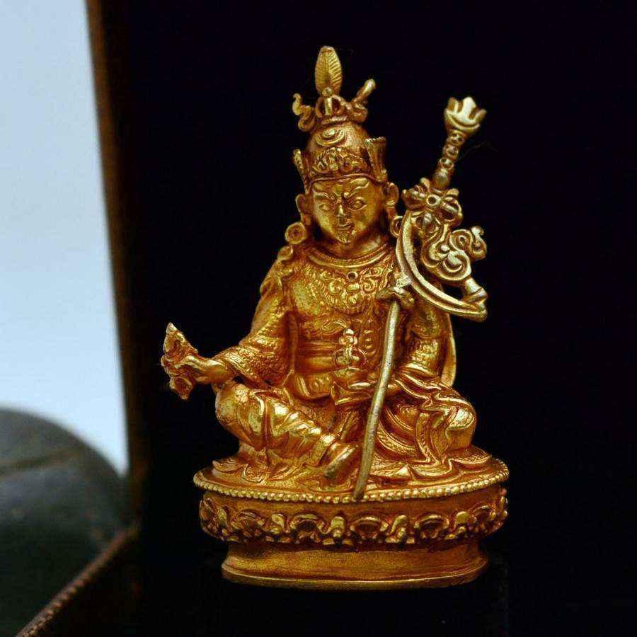 Tượng Phật Vàng Nepal Kim Cang Thượng Sư Liên Hoa Sinh Guru Rinpoche (nhỏ)