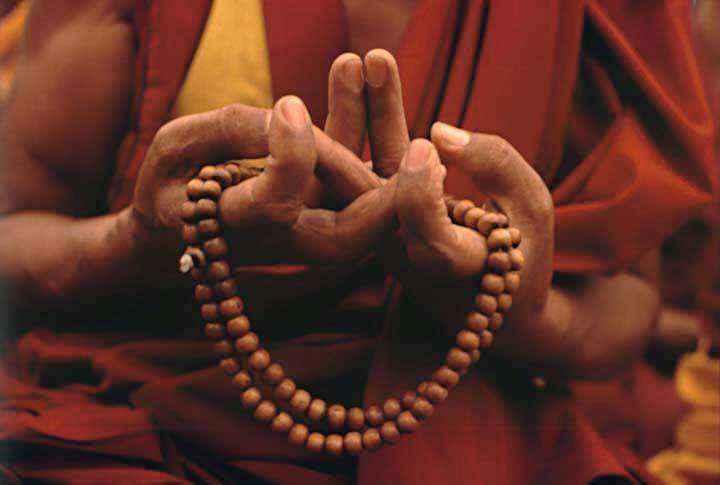 Trong Kim Cương Thừa, Chuỗi Hạt là biểu tượng cao quý thiêng liêng